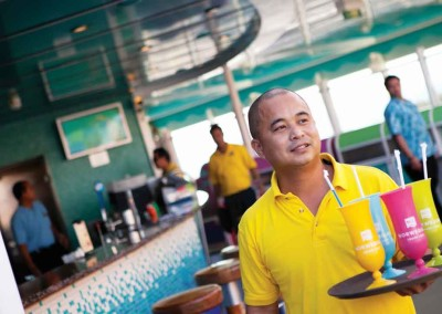 Crew Deck Waiter